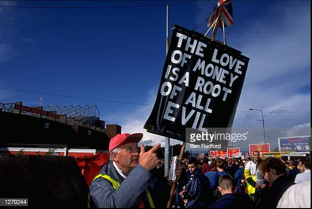 Protests against Rupert Murdoch's BSkyB takeover of Manchester United at the FA Carling Premiership match against Coventry City at Old Trafford in...