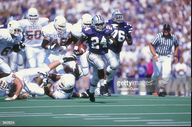 Running back Eric Hickson of the Kansas State Wildcats in action during a game against the Texas Longhorns at the KSU Wagner Field in Manhattan...