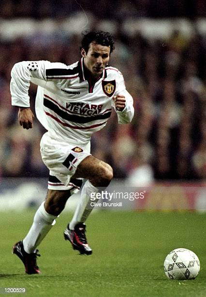 Ryan Giggs of Manchester United in action against Barcelona in the UEFA Champions League in Manchester England The match finished in 22 draw...