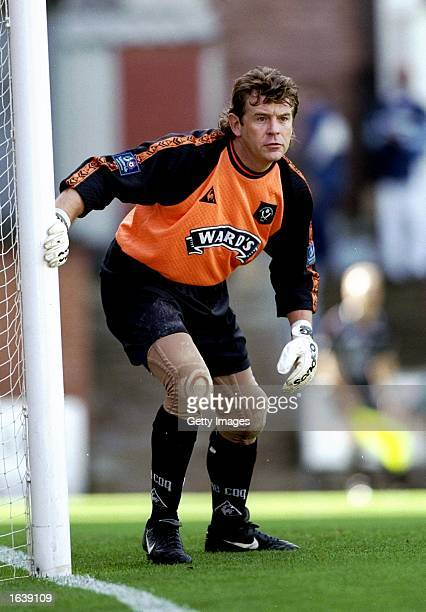Sheffield United keeper Andy Goram stays alert during the Nationwide Division One game against Bradford City at Valley Parade in Bradford England The...