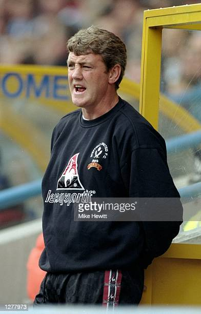 Sheffield United manager Steve Bruce during the Nationwide Division one game against Huddersfield Town at the McAlpine Stadium in Huddersfield,...