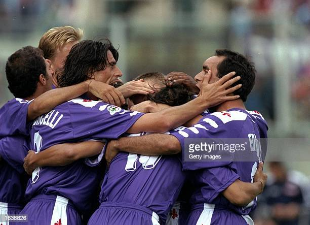 The Fiorentina team celebrate a goal during the Serie A match against Empoli at the Stadio Communale in Florence Italy Mandatory Credit Allsport UK...