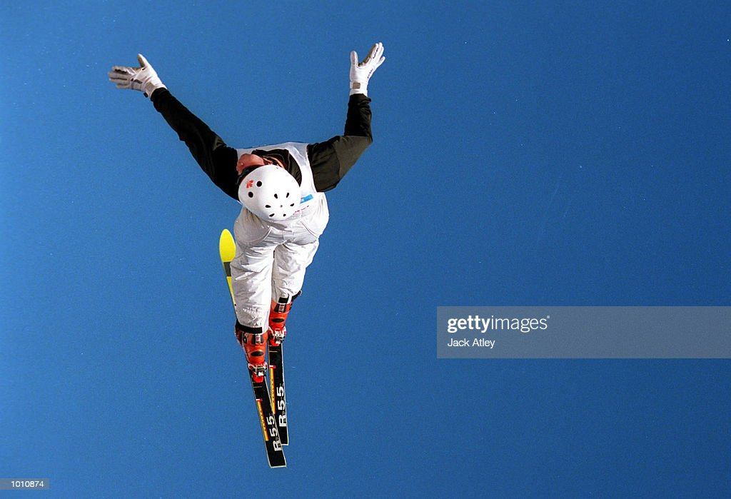 David Belhumeur of Canada flies above the Mount Buller world cup aerials site during the second round of the 1999/2000 world cup aerials season, at Mount Buller, Australia. Belhumeur finished in fourth place in the mens section. MandatoryCredit: Jack Atley/ALLSPORT