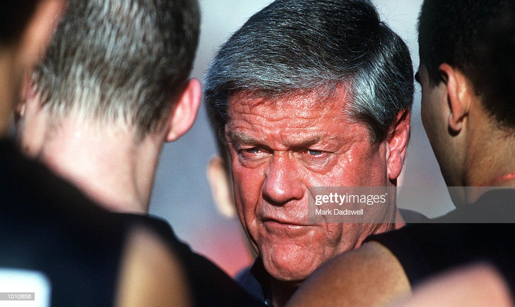 David Parkin coach of the Carlton Football Club addresses his players at three quarter time, during the first semi final played at the MCG, Melbourne, Victoria, Australia. Carlton eliminated West Coast from the finals series. Mandatory Credit: Mark Dadswell/ALLSPORT
