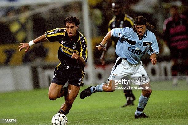 Diego Fuser of Parma and Matias Almeyda of Lazio in action during the Serie A match between Parma and Lazio played at the Stadio Ennio Tardini Parma...