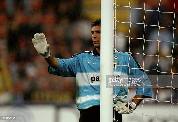 Gianluigi Buffon of Parma instructs his defenders during the Serie A match between Inter Milan and Parma played at the San Siro Milan Italy Inter won...