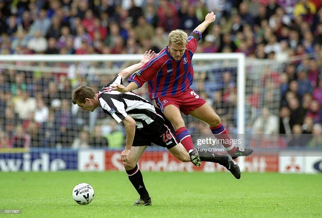 Simon Rodger of Crystal Palace and Alan Pouton of Grimsby Town in action during the match between Crystal Palace v Grimsby Town in the Nationwide League Division One at Selhurst Park, London. Palace went on to win 3-0. \ Mandatory Credit: Tony O''Brien /Allsport