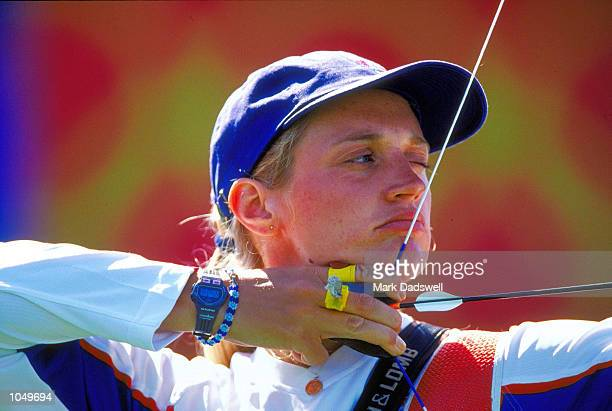 Alison Williamson of Great Britain in action in the Women's Individual Archery Eliminations at the Sydney International Archery Park on Day Two of...