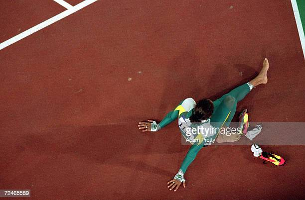 Cathy Freeman of the USA after winning gold in the Womens 400m Final at the Olympic Stadium on Day 10 of the Sydney 2000 Olympic Games in Sydney...