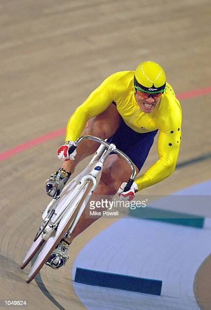 Darryn Hill of the Australian Men's Olympic Sprint Track Cycling team in action in the Final at the Dunc Gray Velodrome on Day Two of the Sydney 2000...
