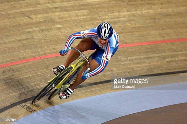 Felicia Ballanger of France on her way to victory in the women's sprint final during the Sydney 2000 Olympic Games at the Dunc Gray Velodrome Sydney...