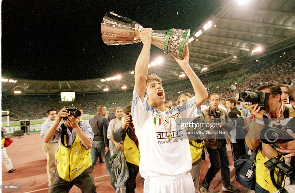 Hernan Crespo of Lazio celebrates victory after the Italian Super Cup match against Inter Milan played at the Stadio Olimpico, in Rome, Italy. Lazio won the match 4-3. \ Mandatory Credit: Claudio Villa /Allsport