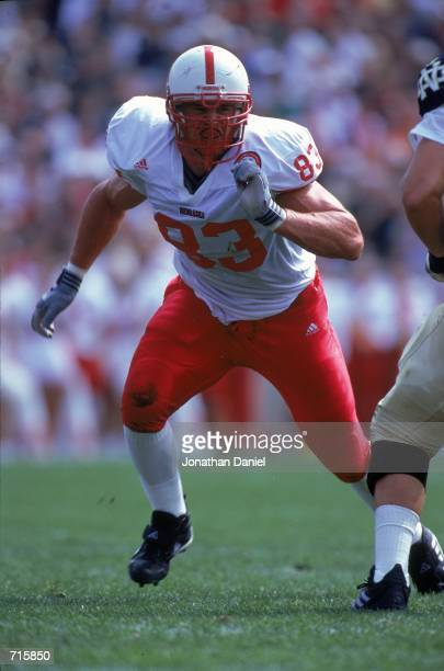 Kyle Vanden Bosch of the Nebraska Cornhuskers moves to block during the game against the Notre Dame Fighting Irish at the Notre Dame Stadium in South...