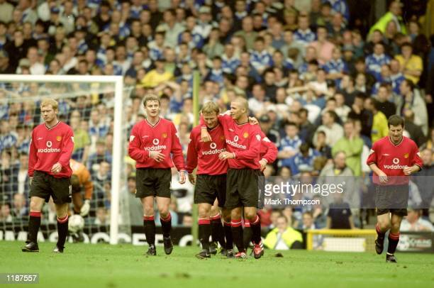 Manchester United celebrate during the FA Carling Premiership match against Everton at Goodison Park in Liverpool England Manchester United won the...