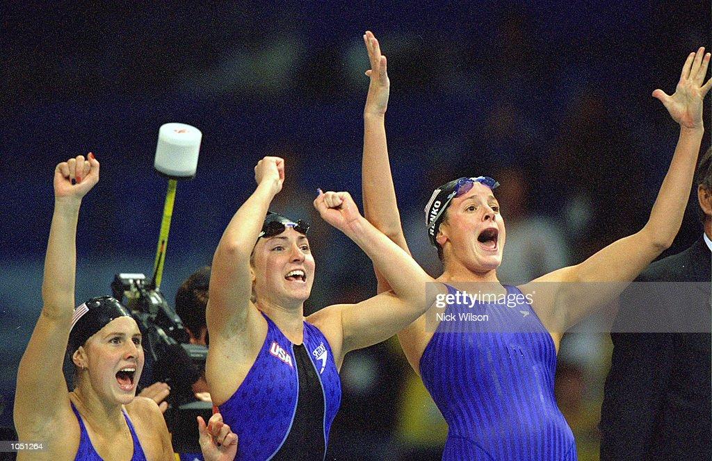 USA Womens 4 x 200m Relay : News Photo