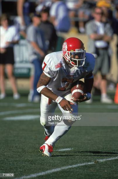 Steve Smith of the Utah Utes runs with the ball during the game against the California Golden Bears at the Memorial Stadium in Berkeley, California....