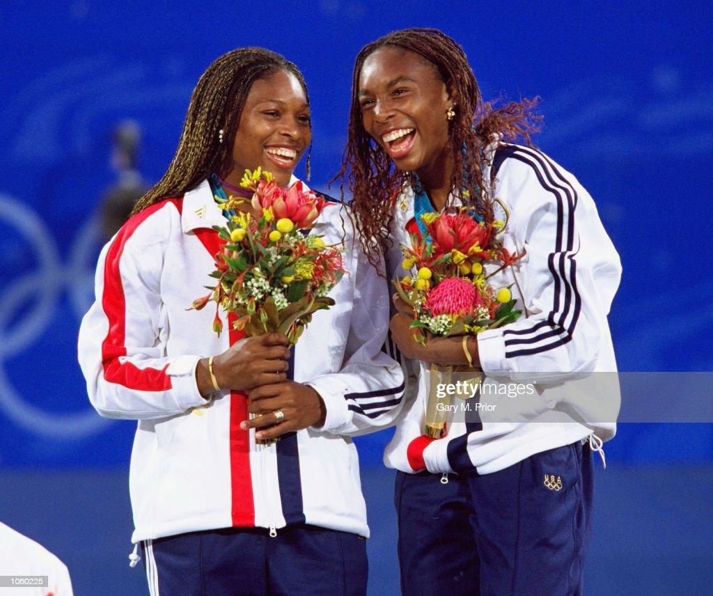 Venus and Serena Williams : News Photo