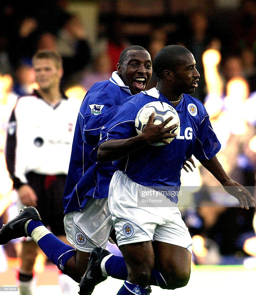 Andrew Impey congratulates Dean Sturridge (with ball) after the Leicester striker equalised in the last minute during the FA Barclaycard Premiership game between Leicester City and Ipswich Town at Filbert Street, Leicester. DIGITAL IMAGE.Mandatory Credit: Stu Forster/ALLSPORT