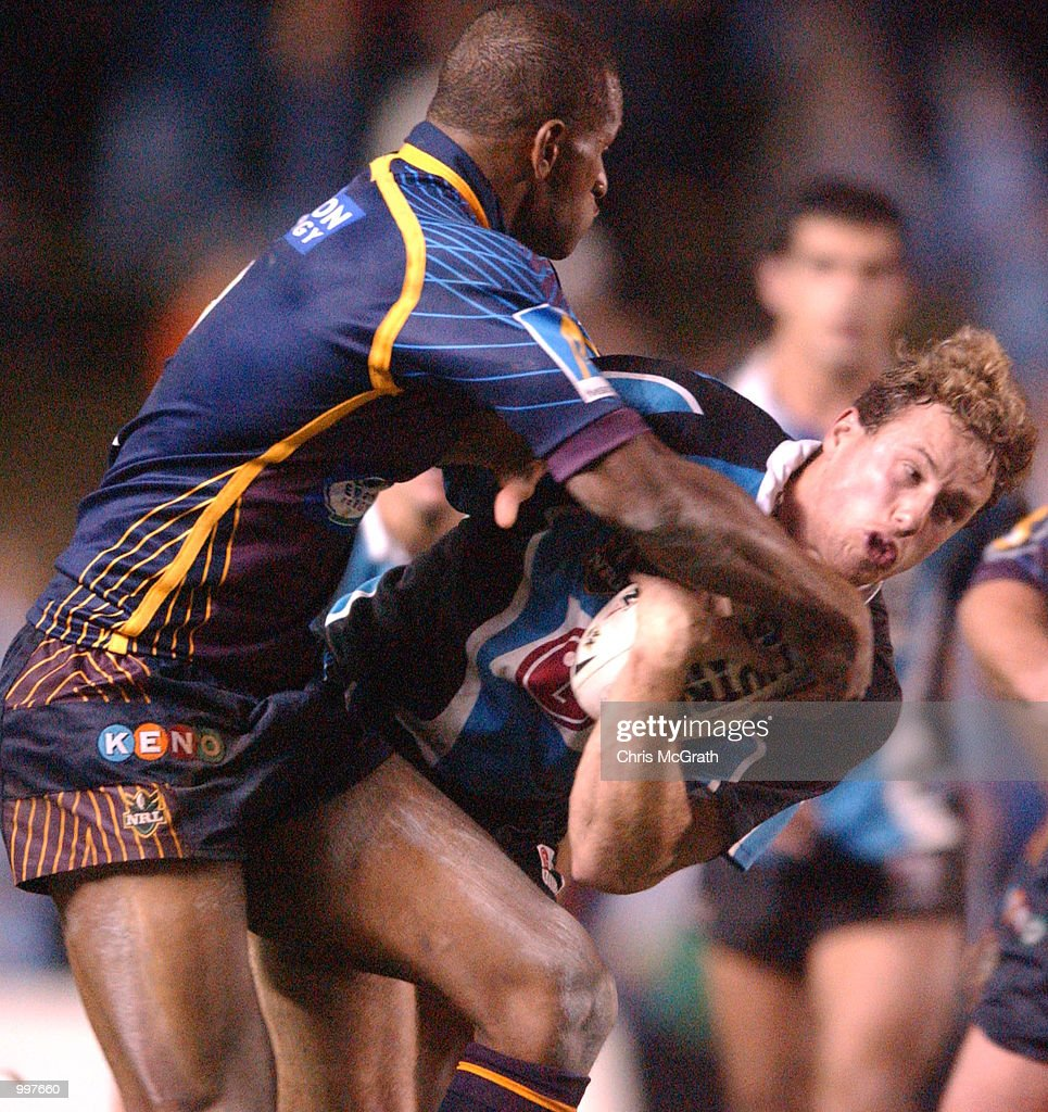Colin Best #5 of the Sharks in action during the NRL First Qualifying Final between the Cronulla Sharks and the Brisbane Broncos held at Toyota Park, Sydney, Australia. DIGITAL IMAGE Mandatory Credit: Chris McGrath/ALLSPORT