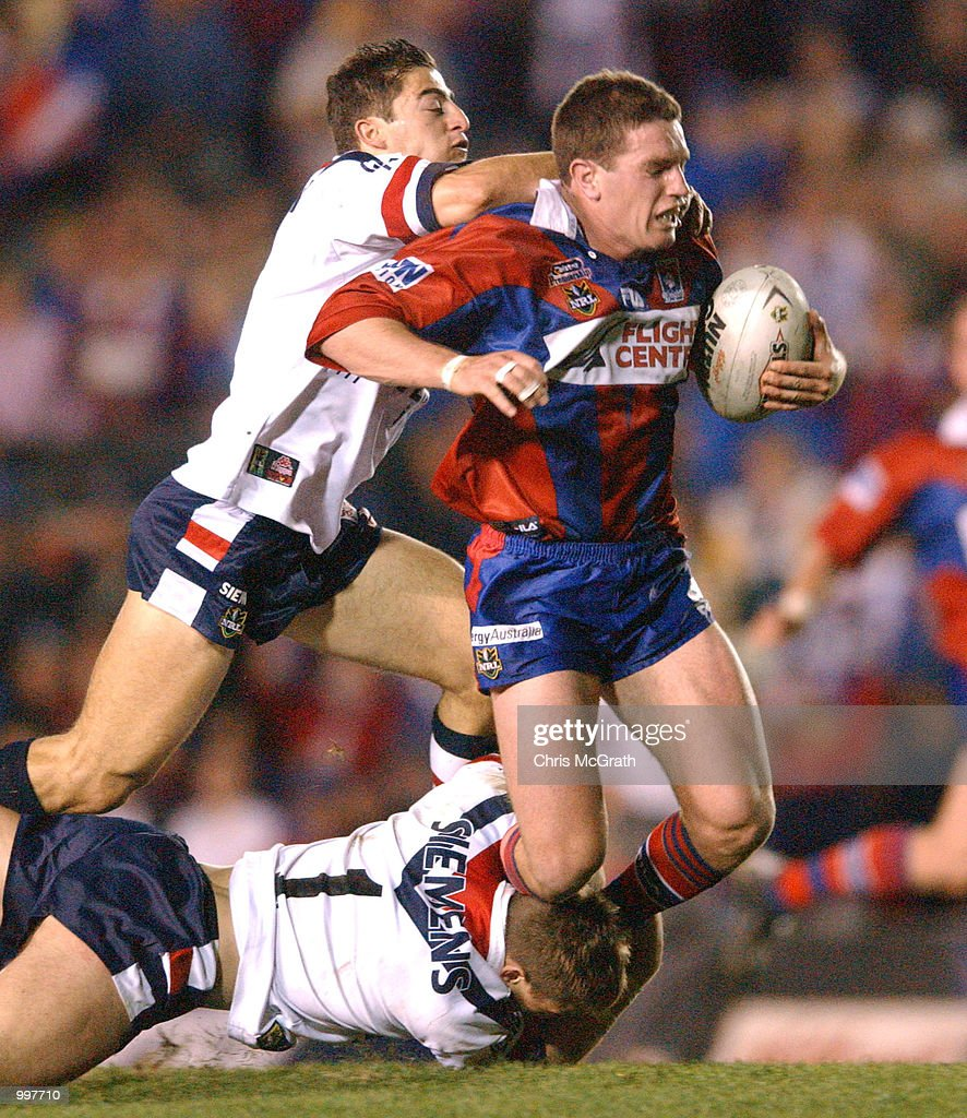 Danny Buderus #9 of the Knights in action during the NRL second qualifying final between the Newcastle Knights and the Sydney Roosters held at Marathon Stadium, Newcastle, Australia. The Knights won the match 40-6. DIGITAL IMAGE MandatoryCredit: Chris McGrath/ALLSPORT