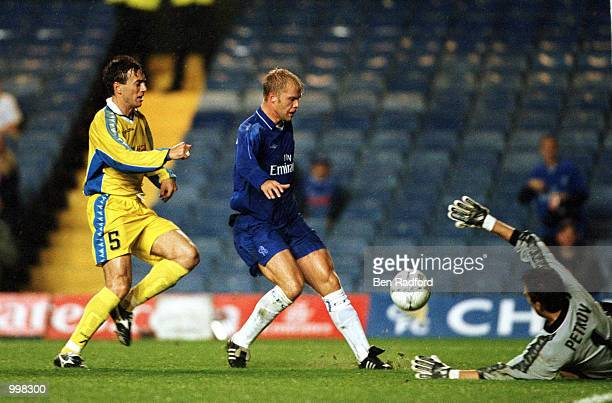 Eidur Gudjohnsen of Chelsea scores the first goal during the UEFA Cup 1st Round 1st leg match between Chelsea and Levski Sofia at Stamford Bridge...
