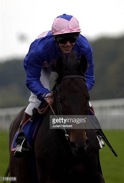Frankie Dettori and Fujiyama Crest gallop down the track prior to racing at Ascot in 1996 the horse was the seventh win in a day when the popular...