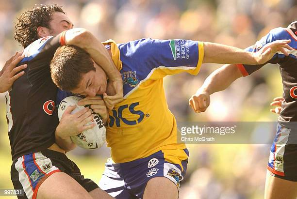 Ian Hindmarsh of the Eels in action during the NRL fourth qualifying final between the Parramatta Eels and the New Zealand Warriors held at...