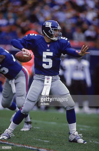 Kerry Collins of the New York Giants preparing to throw during the game against the New Orleans Saints at the Giants Stadium in East Rutherford New...