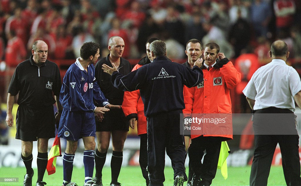 Leicester City manager Peter Taylor confronts Referee Mike Dean at half time during the FA Barclaycard Premiership match between Charlton Athletic and Leicester City at The Valley, London. Mandatory Credit: Phil Cole/ALLSPORT
