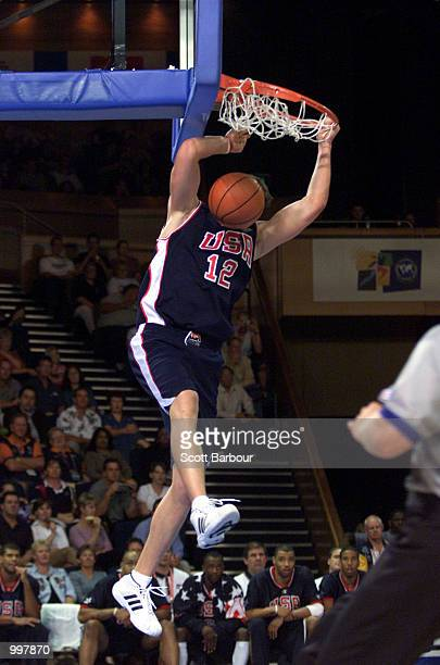 Mike Miller of USA dunks during the USA v Argentina Final in the Mens Basketball held at the Brisbane Convention and Exhibition Centre at the...
