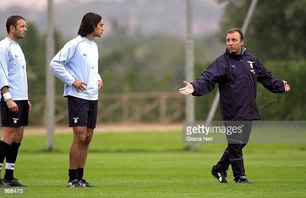 New Lazio coach Alberto Zaccheroni at his first training session with Nesta and Mihailovic in Rome Italy DIGITAL IMAGE Mandatory Credit Grazia...