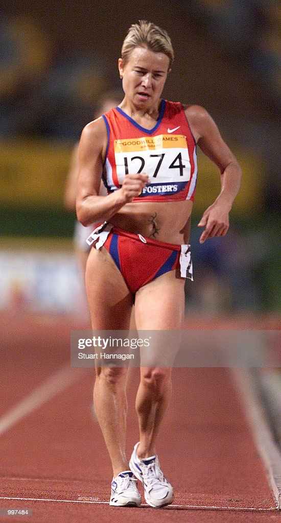 Olimpiada Ivanova of Russia in action whilst setting a New World Record of 1:26:52.3 in the Womens 20000 Metres Track Walk during the athletics at the ANZ Stadium during the Goodwill Games in Brisbane, Australia. DIGITAL IMAGE Mandatory Credit: Stuart Hannagan/ALLSPORT