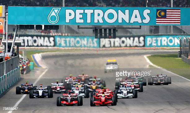 Formula One drivers take off at the starting line during the Malaysian Grand Prix at the Sepang International Circuit 08 April 2007 Formula One boss...
