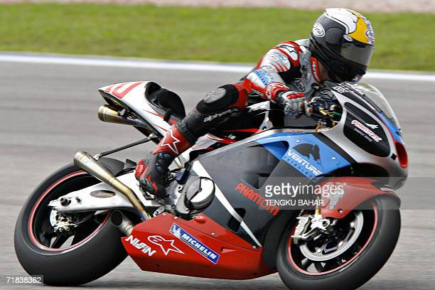 US rider Kenny Roberts Jr of Team Roberts takes a turn during the Malaysian MotoGP race at the Sepang International Racing Circuit 10 September 2006...