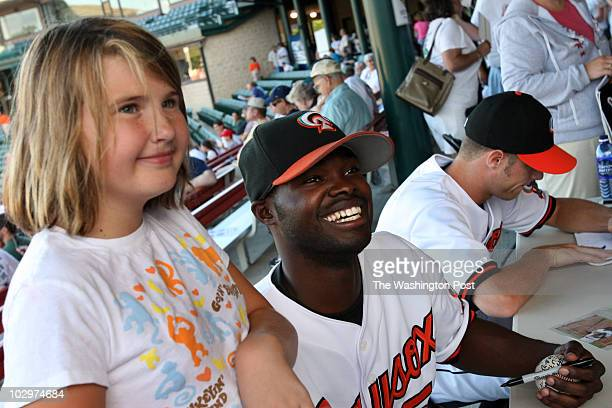 September 1 2007 CREDIT Susan Biddle / TWP Bowie MD EDITOR s Saturday was fan appreciation day at Bowie Baysox Stadium where players signed...