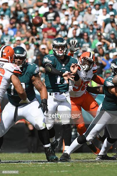 Philadelphia Eagles Quarterback Carson Wentz [21352] during a National Football League game between the Cleveland Browns and the Philadelphia Eagles...