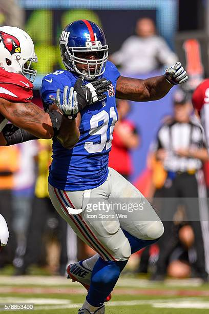 New York Giants defensive end Robert Ayers during the second half of a NFC matchup between the Arizona Cardinals and the New York Giants at MetLife...