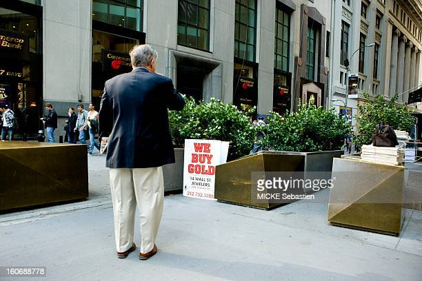 NEW YORK September 18 2008 Financial Crisis on Wall Street after the bankruptcy of Lehman Brothers AJ 48 of the Presidential panic wins On Wall...
