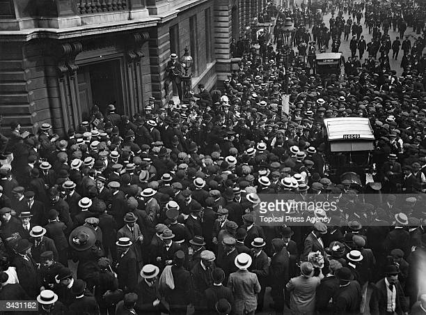 Jack Johnson of the USA one of the greatest yet most unpopular Heavyweight boxers of all time on his way to court in Bow Street surrounded by a huge...