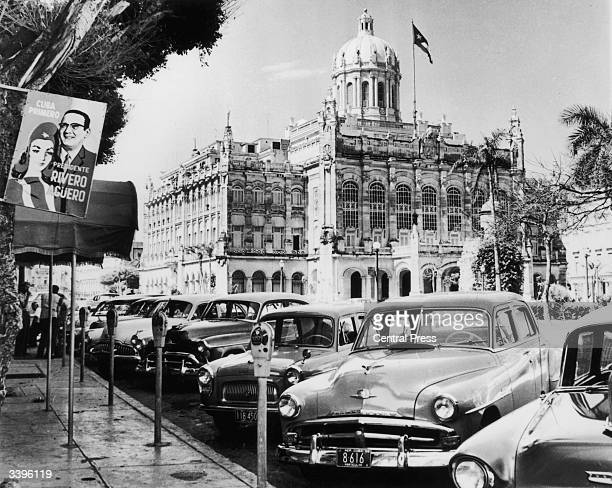 American cars parked in front of President Batista's palace at Havana
