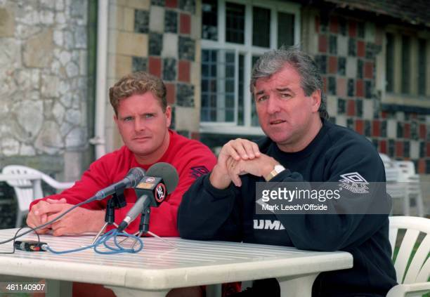 05 September 1994 England Training England Manager Terry Venables and midfielder Paul Gascgoine have an interview on television