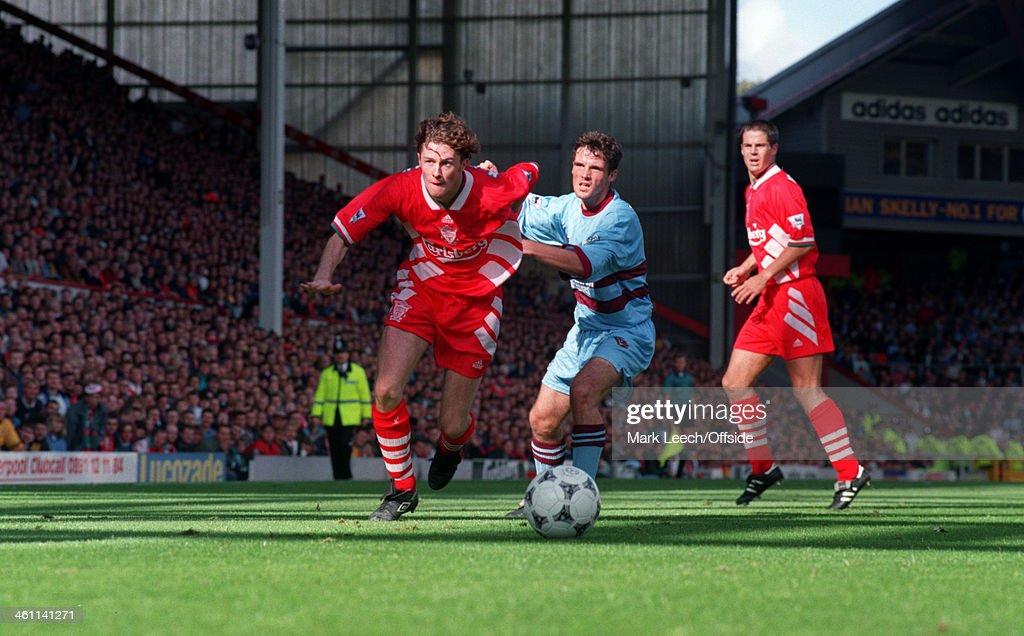 Premiership - Liverpool FC v West Ham United : News Photo
