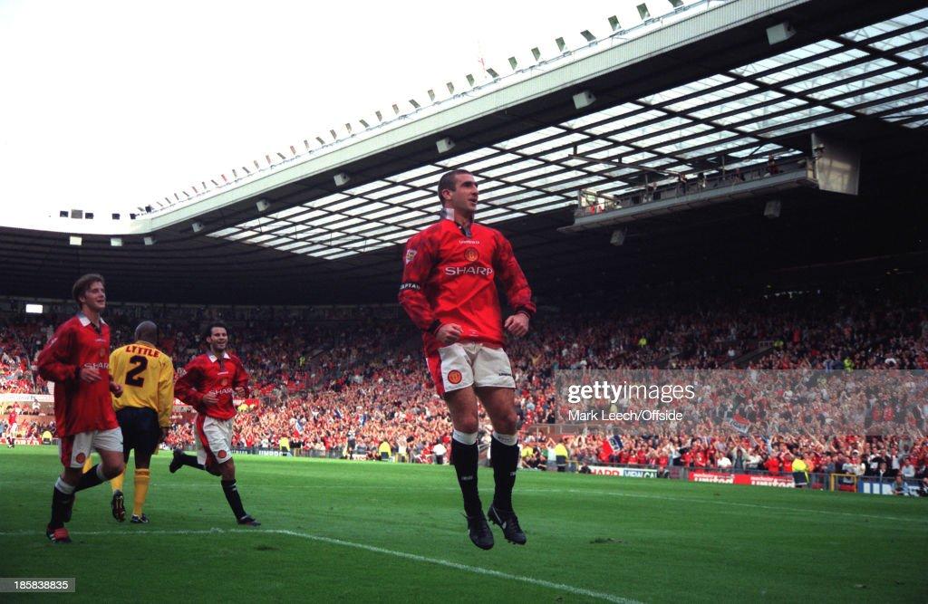 English Premier League - Manchester United v Nottingham Forest : News Photo