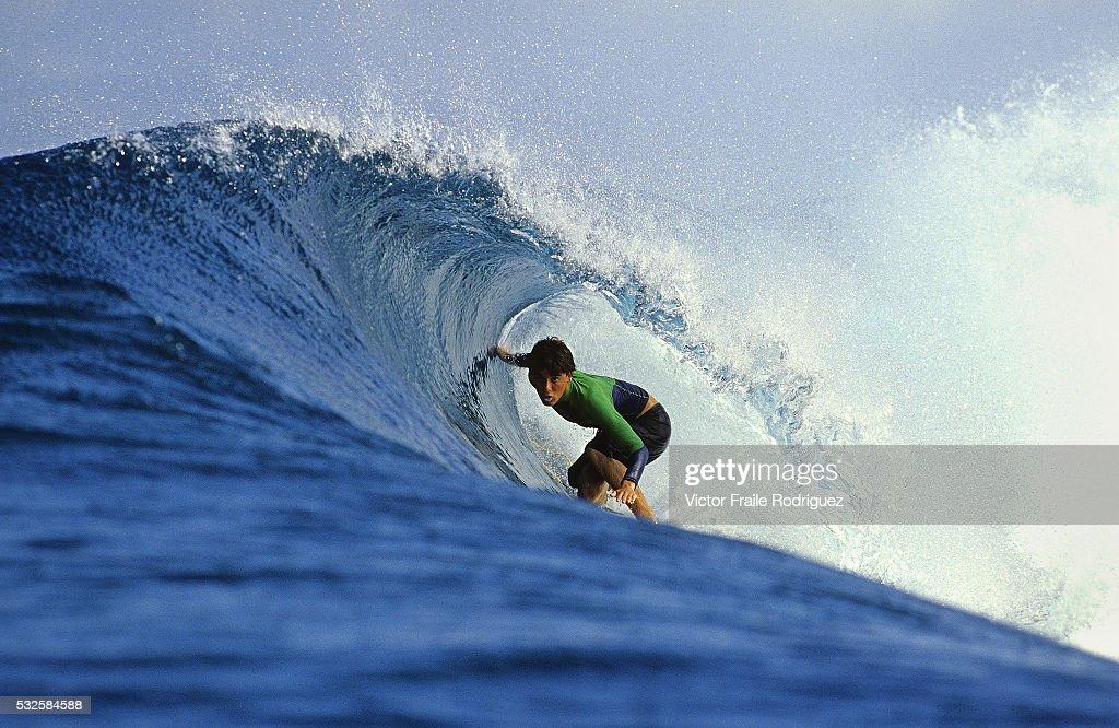 Surfing - Lombok : News Photo