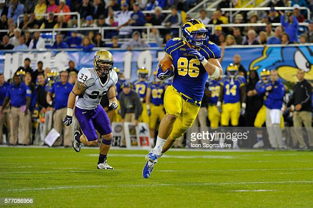 Delaware Fightin Blue Hens tight end Nick Boyle runs the ball during a game against the James Madison Dukes at Tubby Raymond Field in Newark Delaware