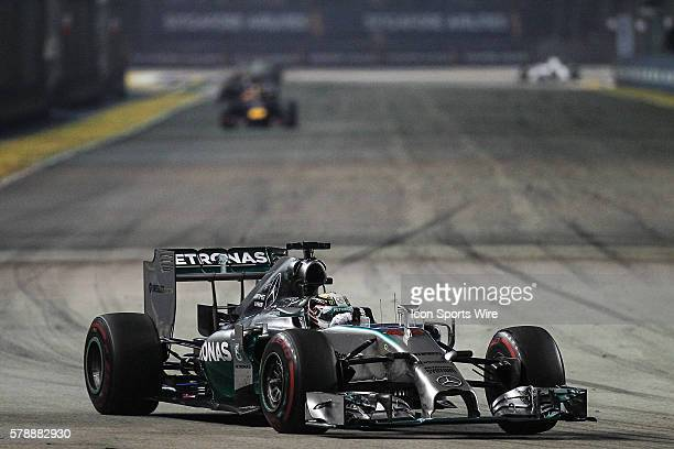 Lewis Hamilton Mercedes AMG Petronas F1 Team lead after the safety car period during the race of the Formula One Singapore Airlines Singapore Grand...