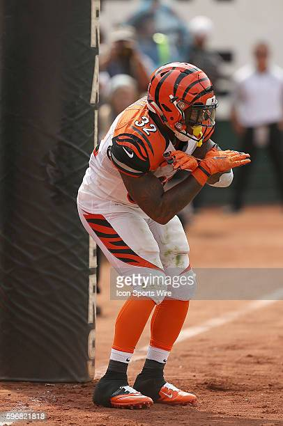 Cincinnati Bengals running back Jeremy Hill during action in an NFL game against the Oakland Raiders at Oco Coliseum in Oakland CA The Bengals won...