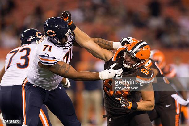 Cleveland Browns DL Carl Nassib rushes the quarterback against Chicago Bears OL Mike Adams during the first quarter of the National Football League...