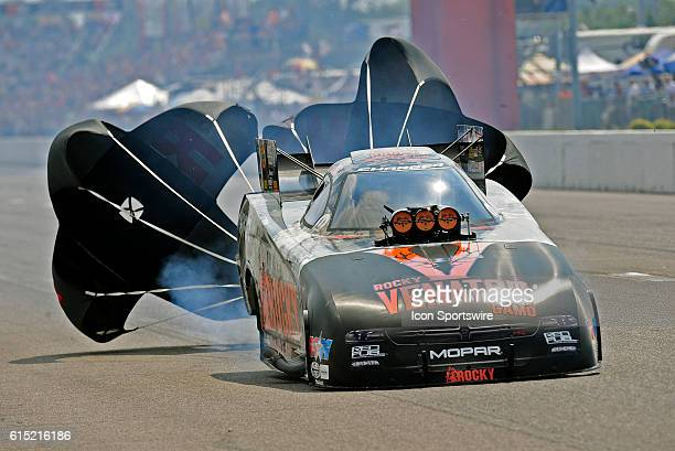 25 September 2016   Matt Hagan Don Schumacher Racing Dodge Charger NHRA Funny Car during elimination rounds for the NHRA AAA Midwest Nationals at...