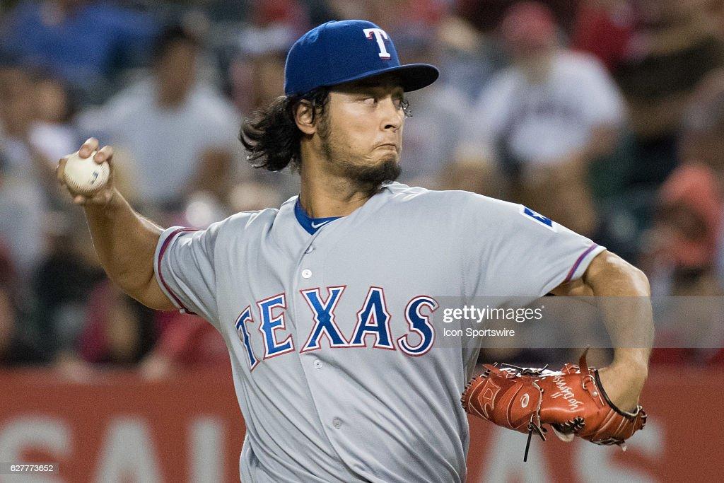 MLB: SEP 09 Rangers at Angels : News Photo